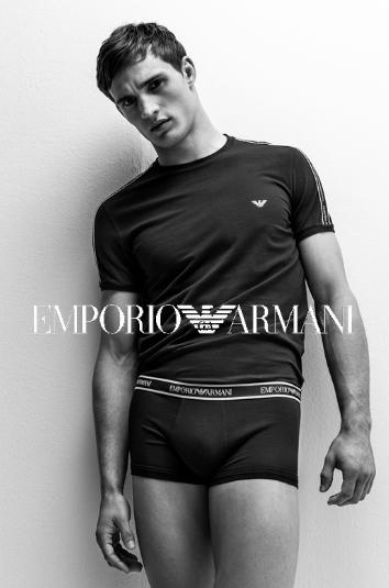 Колекцията на Emporio Armani Пролет-Лято